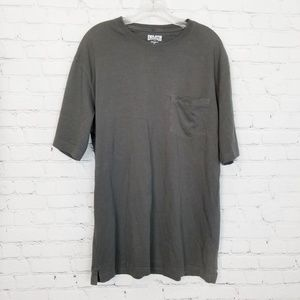 Duluth Trading Longtail Tee on Gray